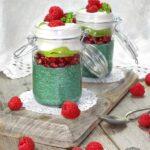 GREEN CHIA PARFAIT - Chia Pudding with Green Spirulina & Fruit